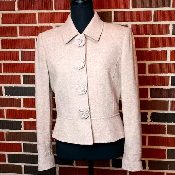 Tahari Jackets & Blazers - TAHARI ARTHUR S. LEVINE wool blend tan blazer sz 6